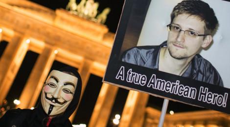 Germans lose trust in US, see NSA whistleblower Snowden as hero – poll